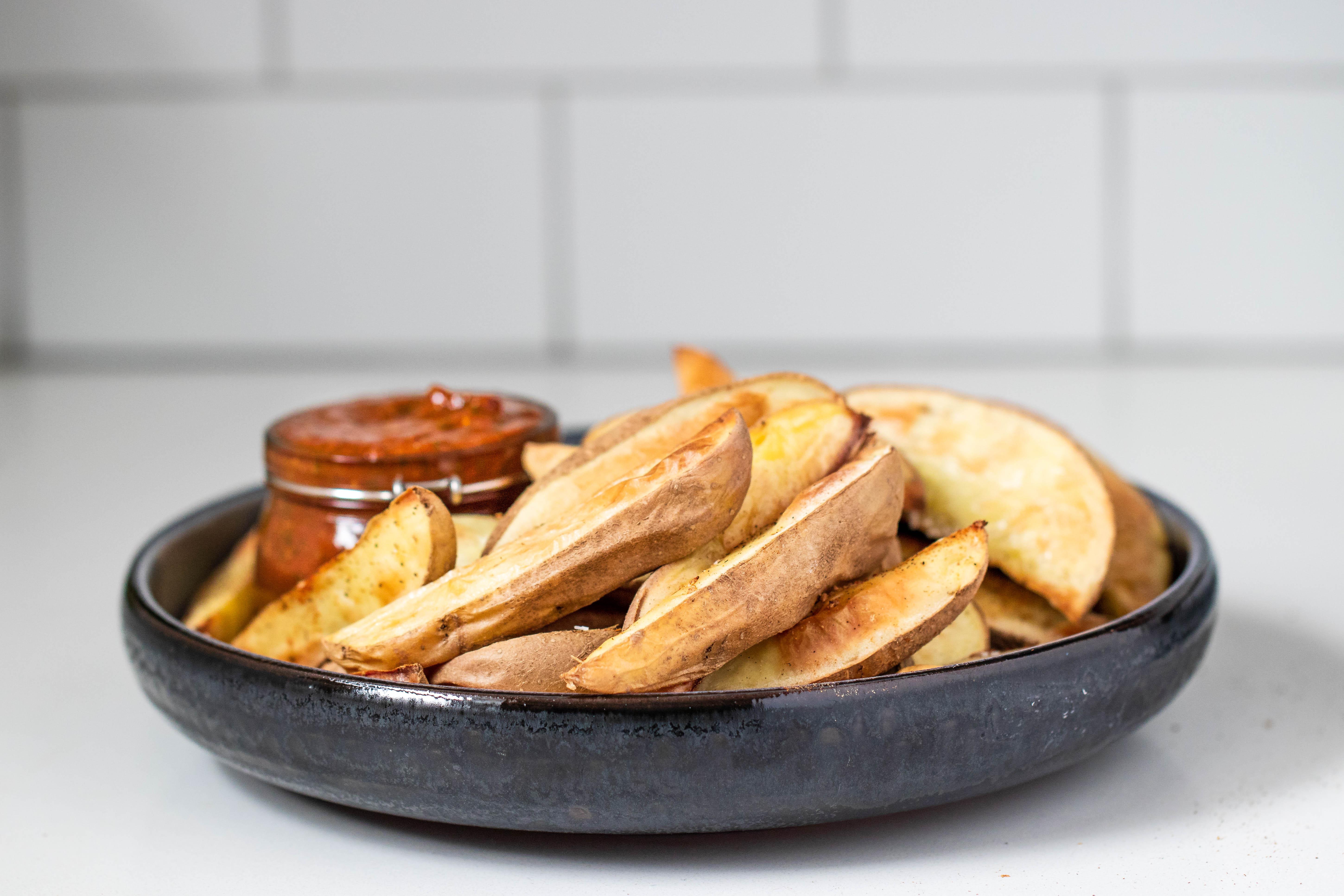 Oil Free Baked Fries & Dip