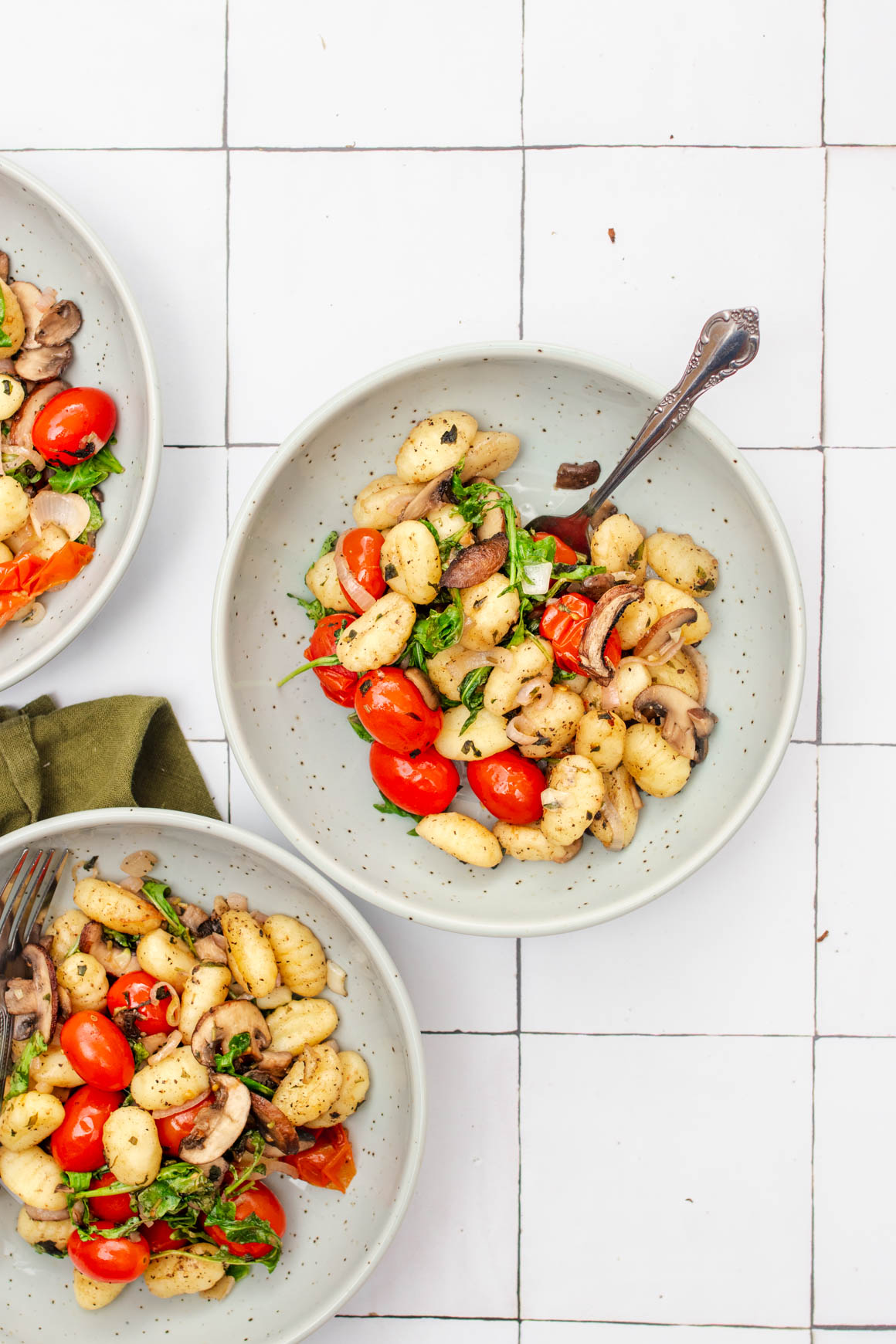 sheet pan gnocchi with mushrooms and tomatoes