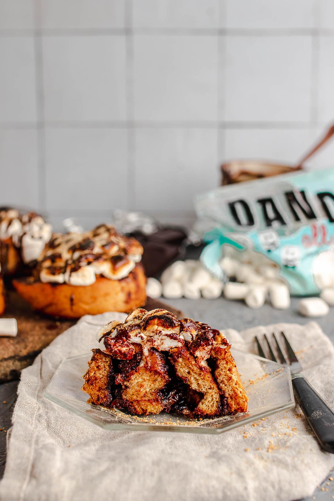 vegan s'mores cinnamon rolls cut in half